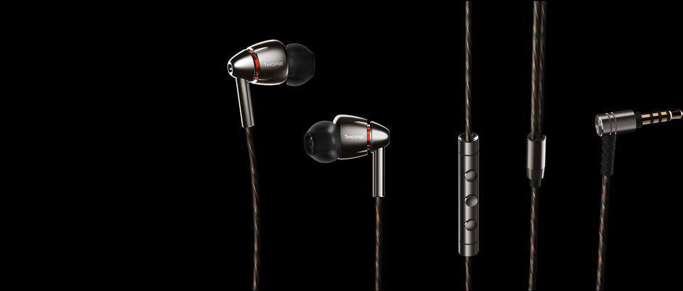1MORE Quad Driver In-Ear Headphones люкс