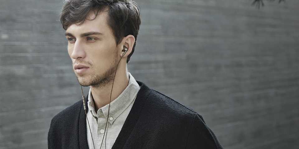 1MORE Quad Driver In-Ear Headphones стильні навушники