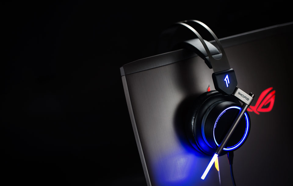1MORE Spearhead VRX Gaming Headphones яскраві навушники