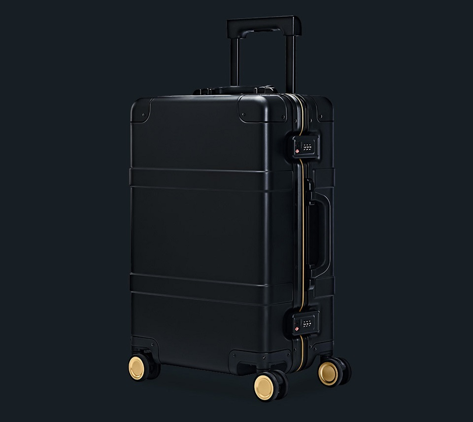 "Валіза RunMi 90 Points Smart Metal Suitcase Fingerprint Unlock Black 20"" крупним планом"
