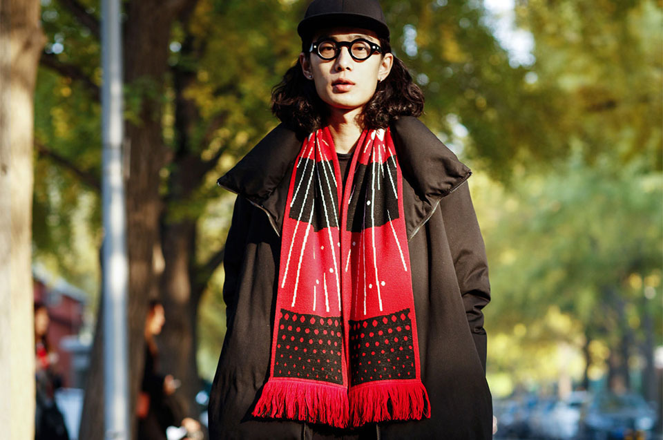 Mi Scarf Black/Red стиль