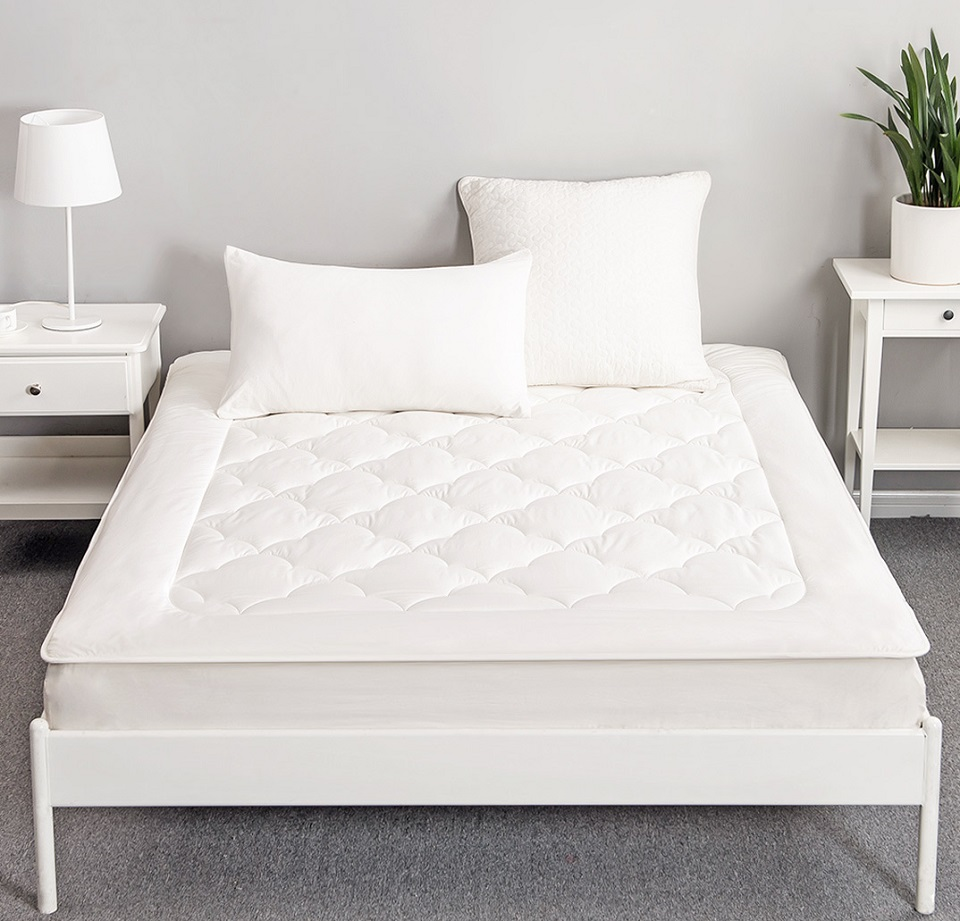 Матрац Tonight Australian Wool Mattress White 180x200 060405039 в кімнаті