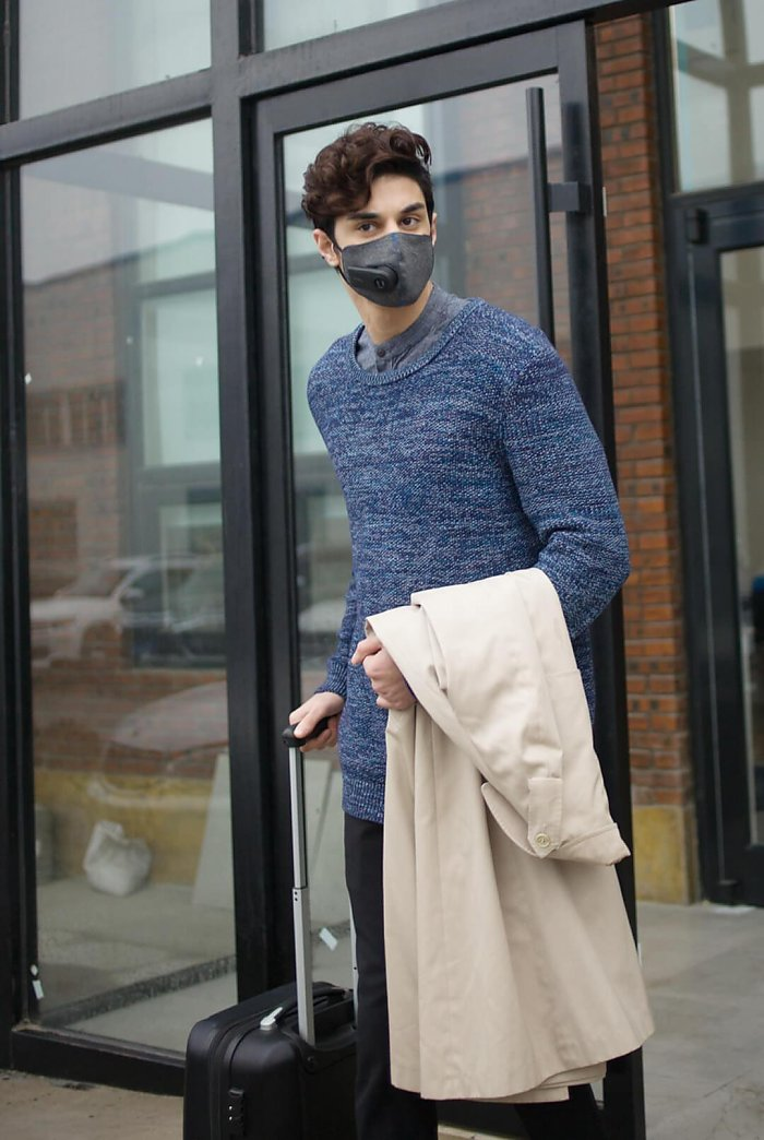 Xiaomi Purely Fresh Air Mask чоловік