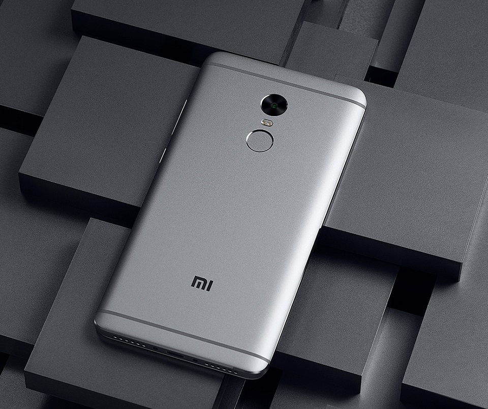 Смартфон Xiaomi Redmi Note 4 тильна сторона смартфона