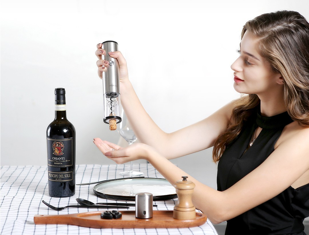 circle-joy-electric-wine-bottle-opener