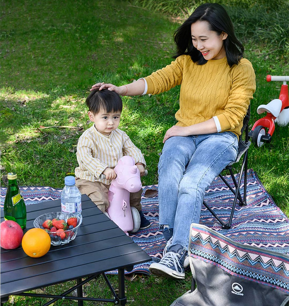 Набір Xiaomi GOCAMP OBS1005 folding picnic table and chair three-piece мама з дитиною
