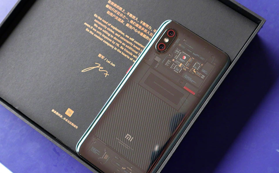 Mi 8 Transparent Explorer Edition якісна упаковка