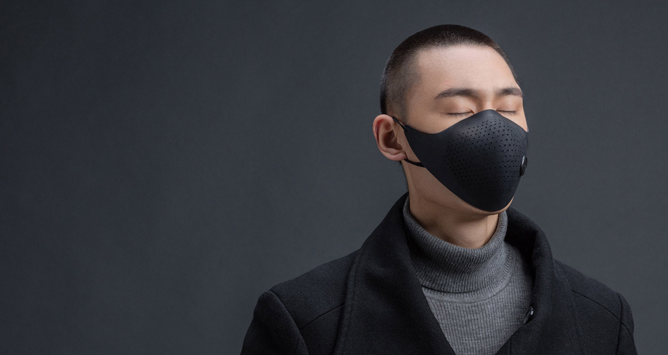 Xiaomi MiJia AirWear Anti-Fog Haze Mask на обличчі