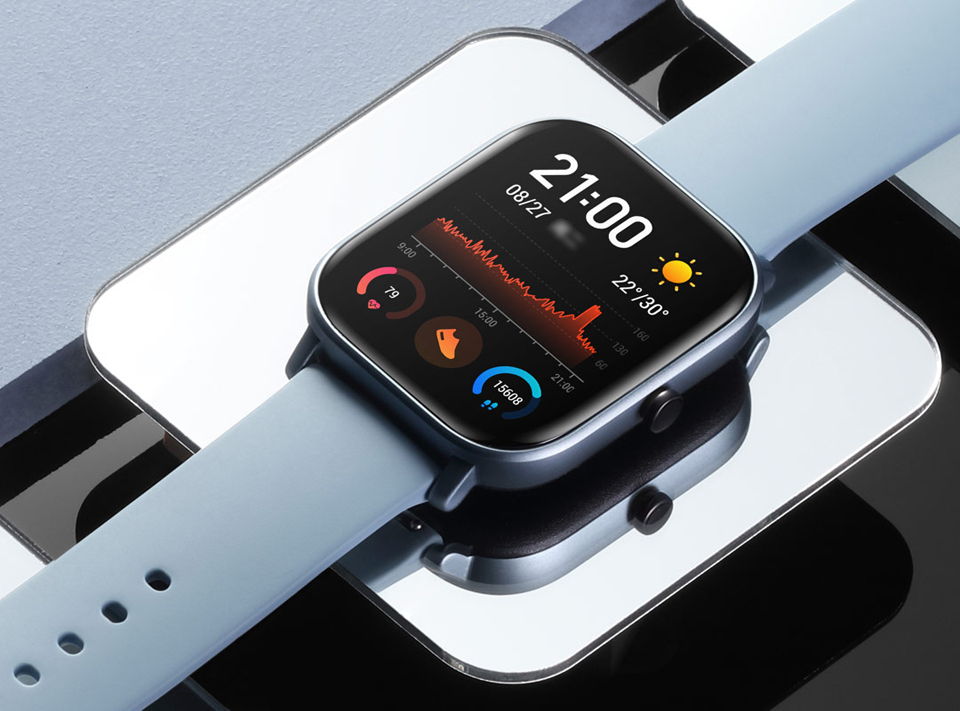 Розумний годинник Xiaomi Amazfit GTS крупним планом