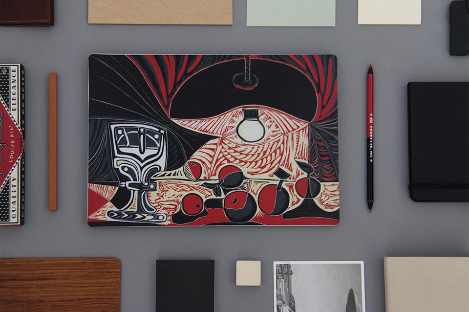 Наліпка Xiaomi Mi Notebook Air Sticker 12.5'' Still Life Under the Lamp by Picasso на столі