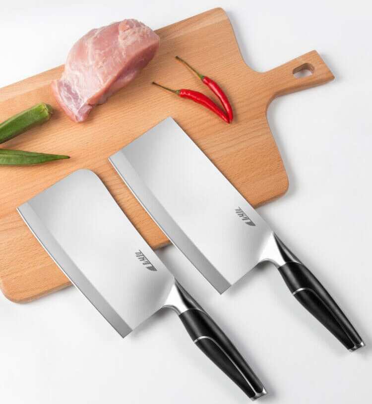Набор кованных ножей Yi Wu Yi Shi Liren forged slicing and cutting knife 2 pcs LR-159 возле мяса